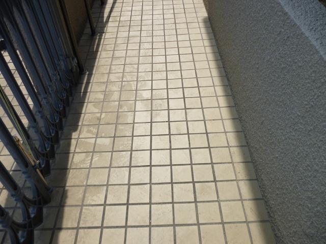 大阪市で玄関タイル高圧洗浄