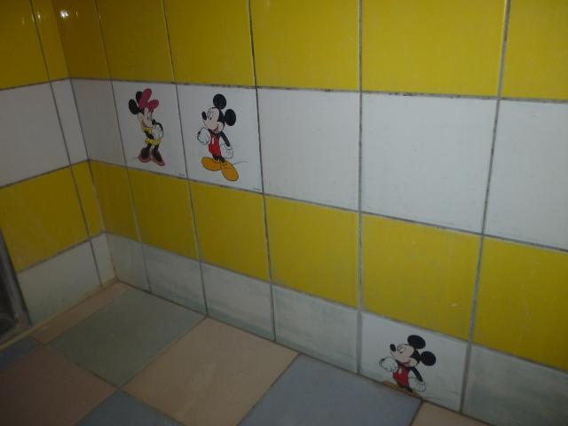 ホテルの浴室掃除