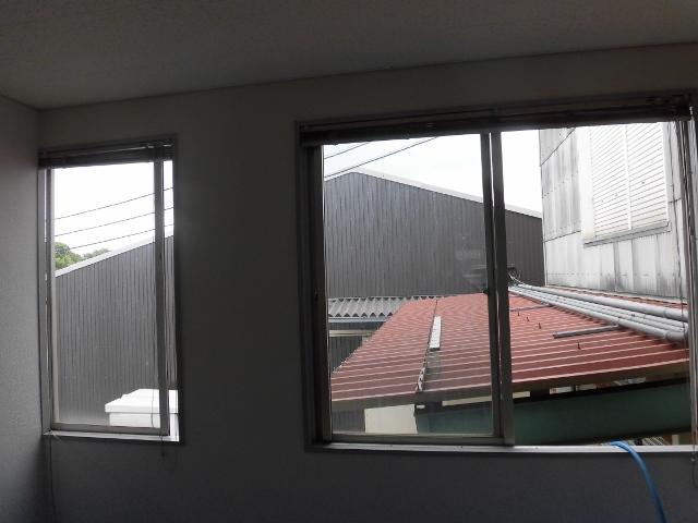 事務所 オフィスの窓ガラスやサッシの掃除