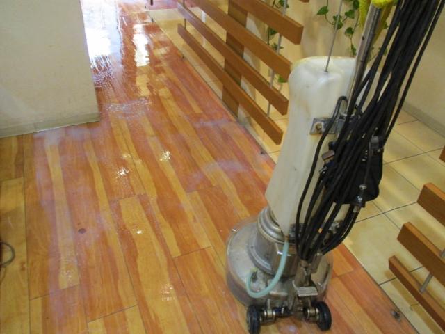 生駒市で店舗の床ワックス剥離
