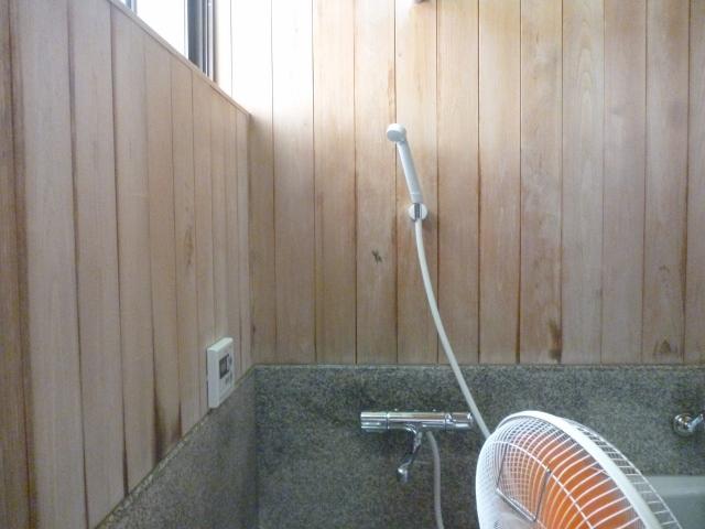 ヒノキ風呂掃除
