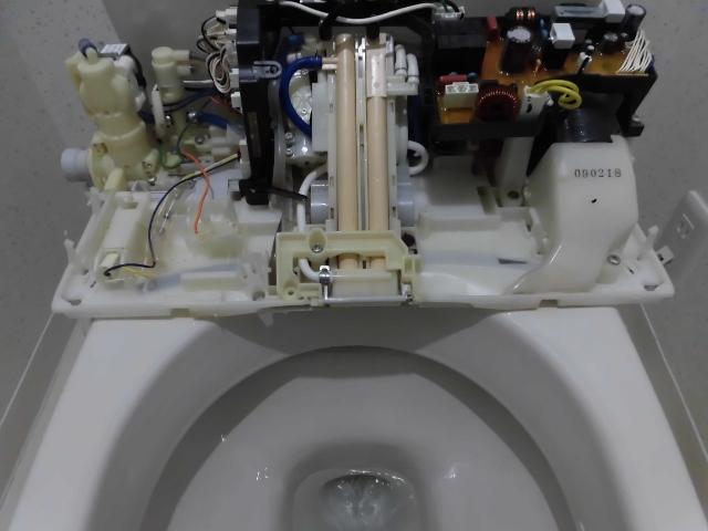 大阪市でウォシュレット掃除
